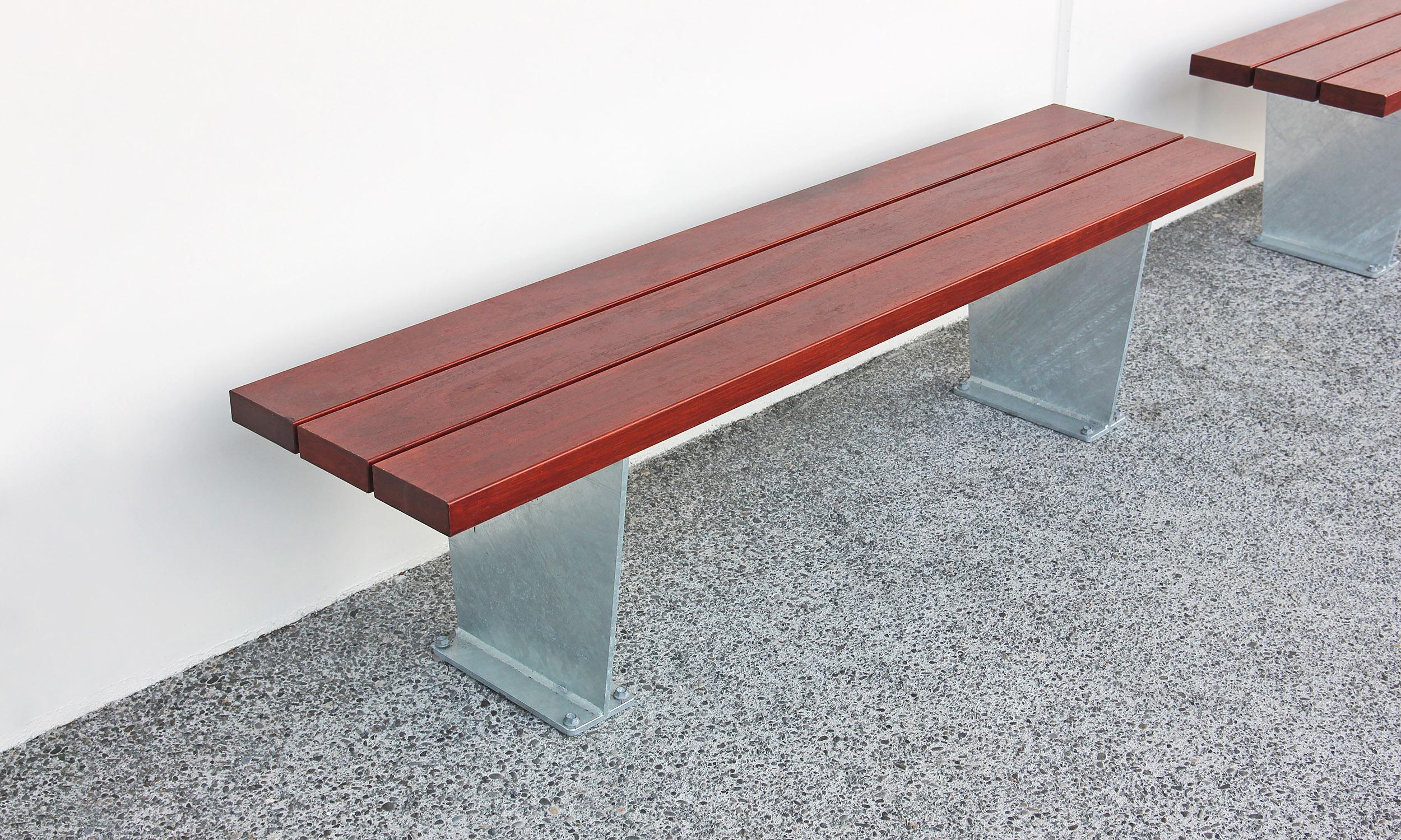 Plaza Bench 01